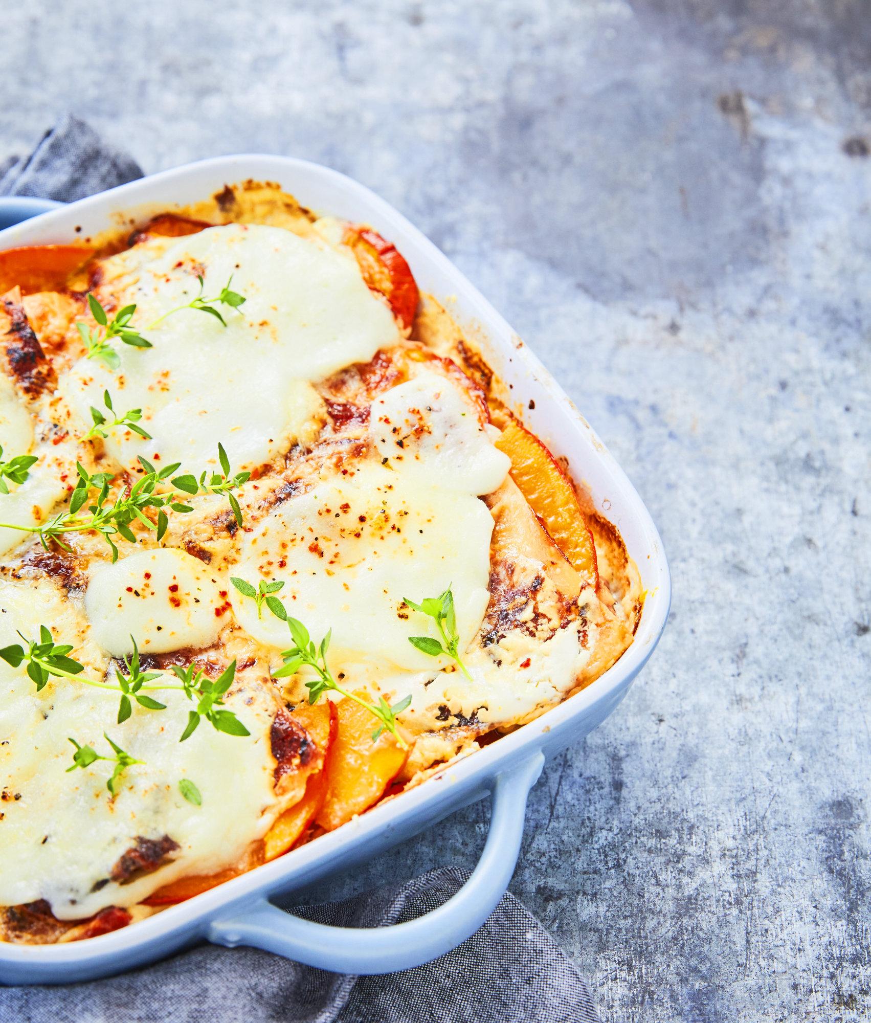 Kürbis-Lasagne mit Bergkäse und Mozzarella